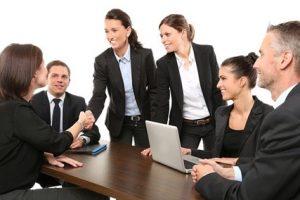 Auch in der Zeitarbeit können vertrauensvolle Arbeitsbeziehungen entstehen.